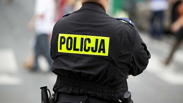 В Польше осудили 16 махинаторов, которыеторговали приглашениям для граж...
