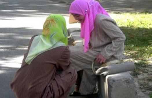 Половина таджикских женщин подвергается изнасилованиям, побоям и моральн...