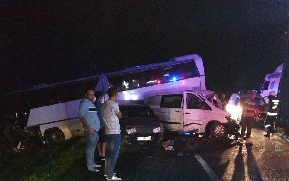 Во Львовской области автобус с детьми попал в ДТП, есть жертвы