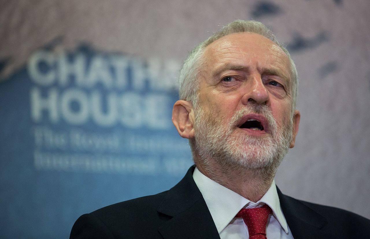 В Великобритании оппозиция поддержала внеочередные всеобщие выборы