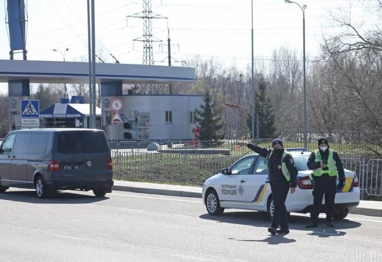 Въезжающим в Киев будут в усиленном режиме измерять температуру, – Кличк...