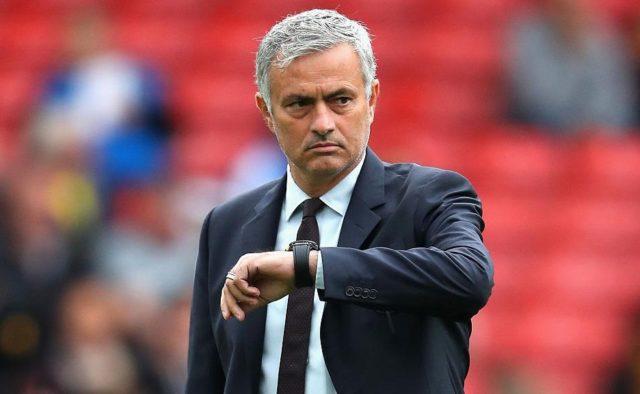 """""""Манчестер Юнайтед"""" выплатил Моуринью и его штабу более 22 млн евро комп..."""