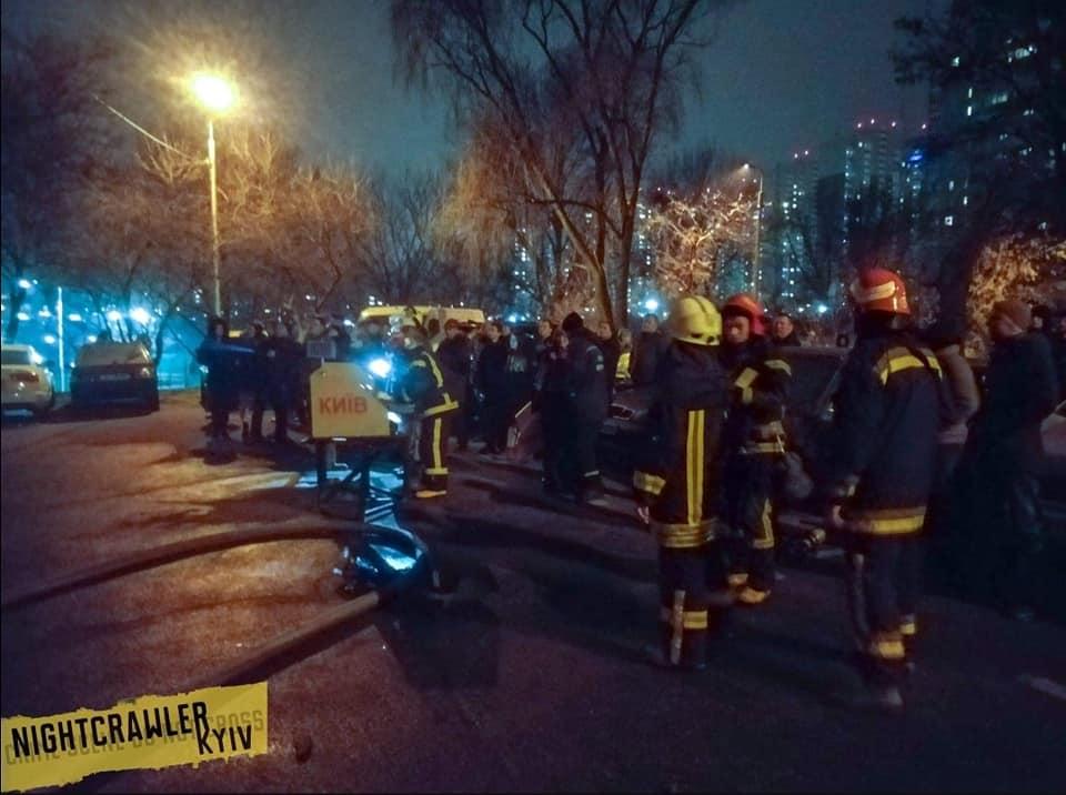 Пожар в киевской многоэтажке: возгорание могло произойти из-за окурка