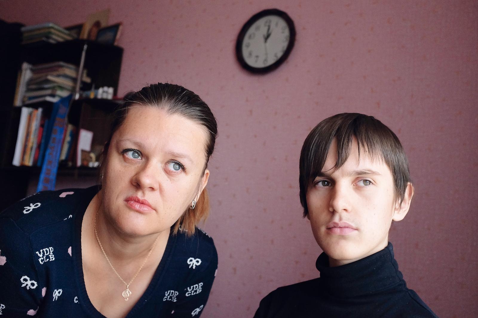 Тендер на жизнь. Как чиновники оставили тяжелобольных украинцев без лека...