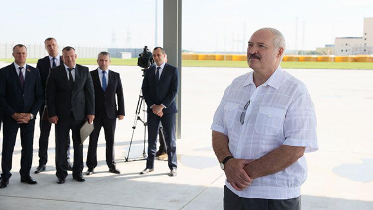 Лукашенко выделил госохрану для штаба Тихановской
