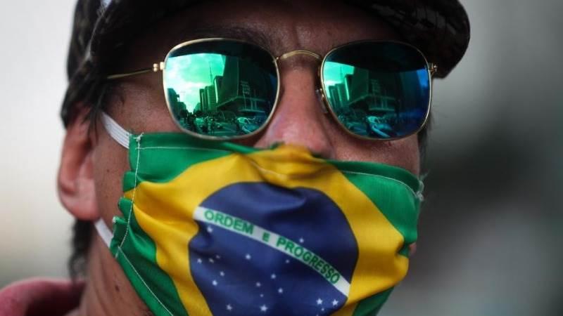 Статистика коронавируса в мире на 15 июня: Бразилия лидирует по суточном...