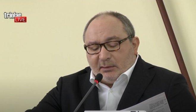 В Харьковский горсовет приехала полиция из-за заседания депутатов без ма...
