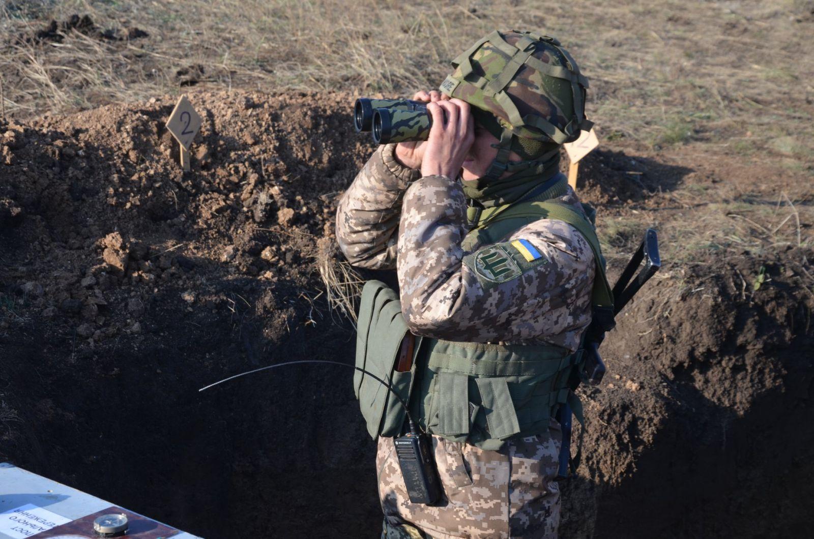 На Донбассе боевики стреляли около Золотого и Шумов: потерь нет