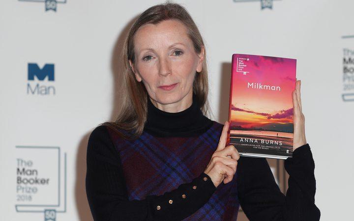 Букеровскую премию получила писательница из Северной Ирландии