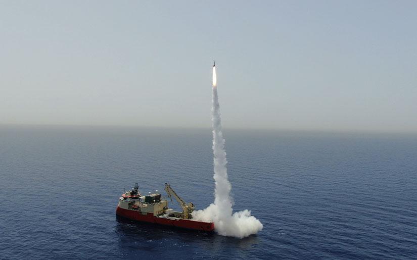 Израиль на море испытал сверхточную баллистическую ракету малой дальност...