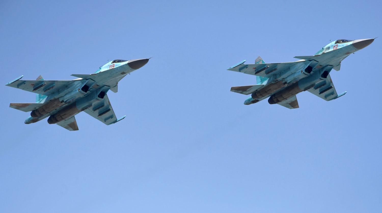 В России столкнулись в небе два истребителя Су-34,  – СМИ