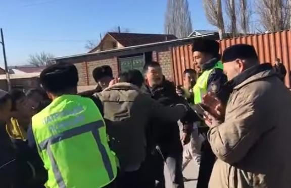 В Казахстане произошли массовые драки: 8 погибших, десятки раненых