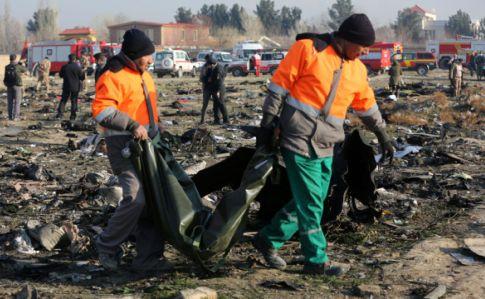 Иран готов выплатить компенсацию родственникам 176 жертв сбитого самолет...