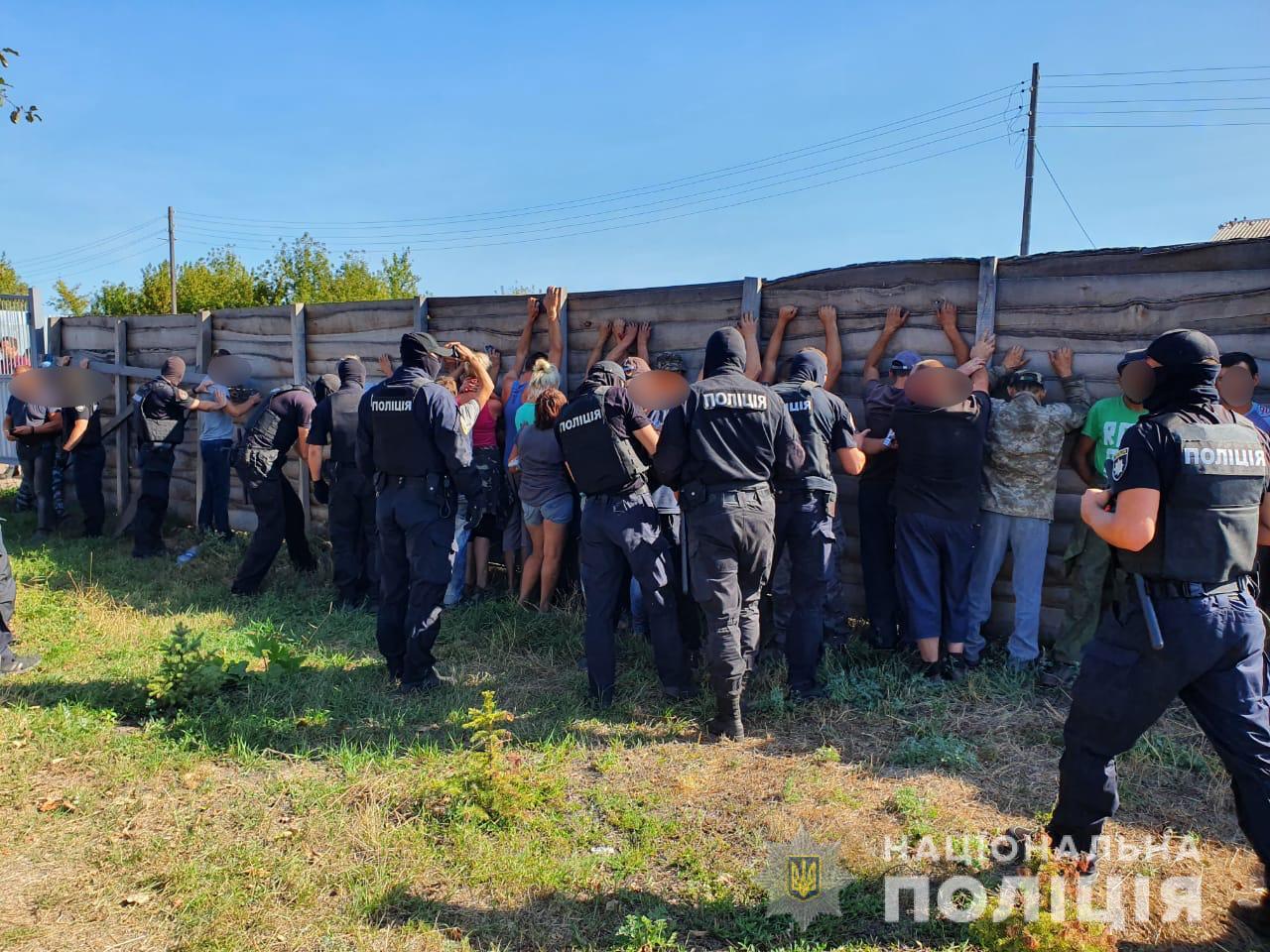 По факту нападения на журналистов 112-Украина задержано 30 человек
