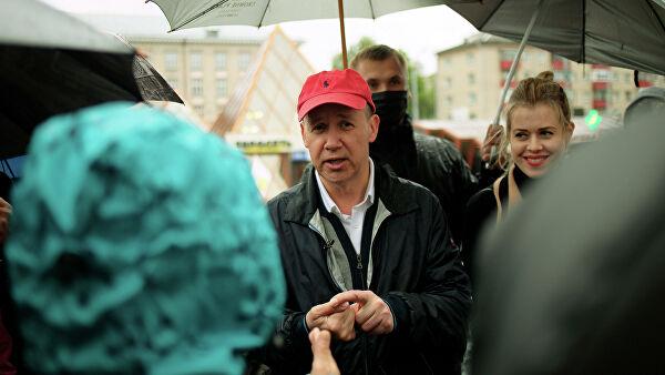 "В Беларуси сняли с выборов конкурента Лукашенко из-за ""нехватки подписей..."
