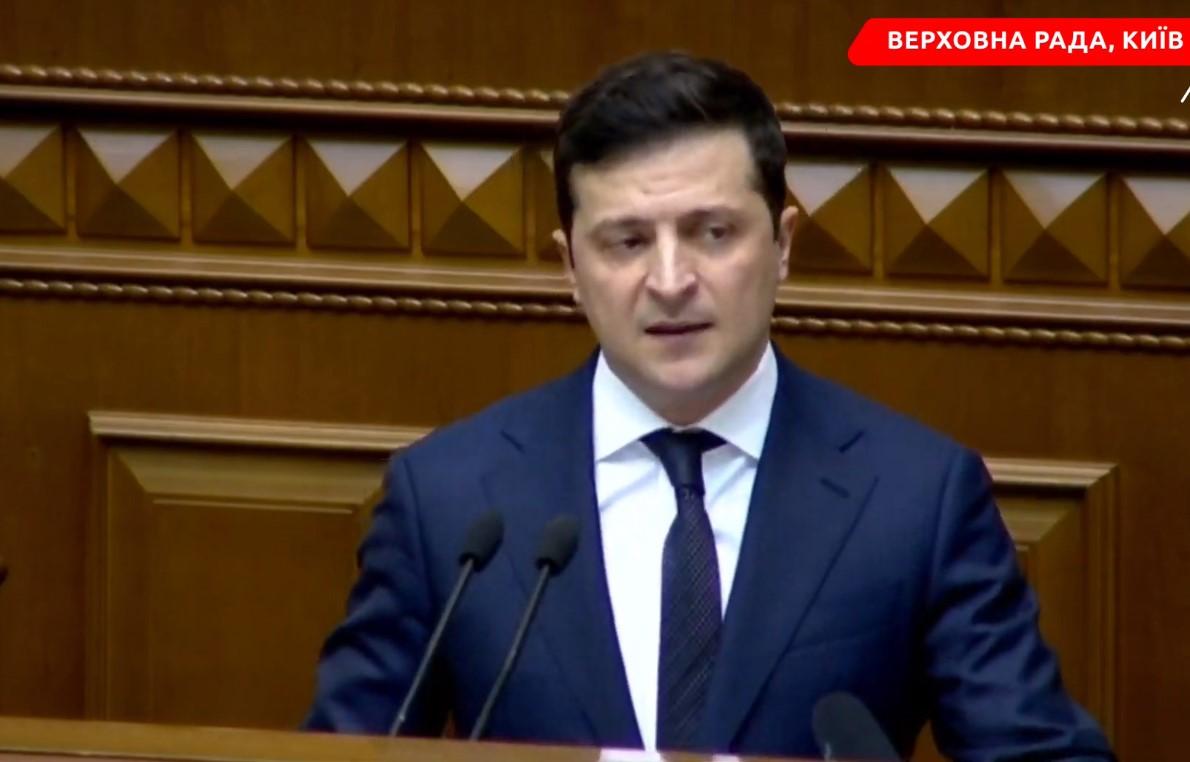 Зеленский отказался отрукопожатий сГончаренко