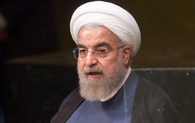 """Президент Ирана охарактеризовал новые санкции США как """"возмутительные и..."""