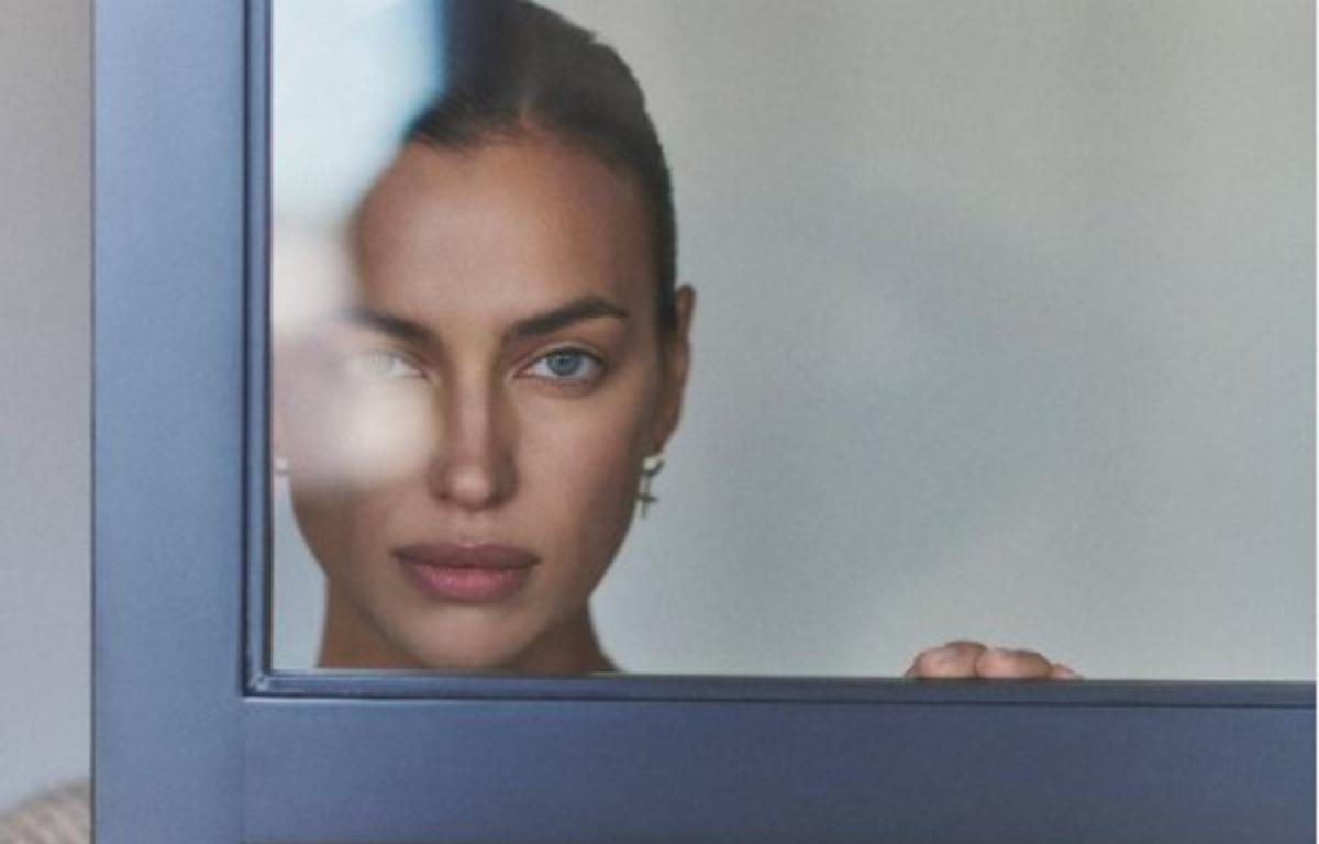 Ирина Шейк появилась на страницах Vogue Thailand без одежды (фото)