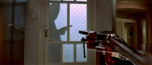 Американец установил в доме огнестрельную ловушку для грабителей и сам с...