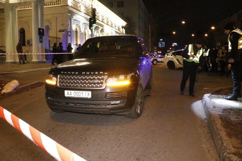 В центре Киева обстреляли Range Rover,  убит ребенок, – СМИ