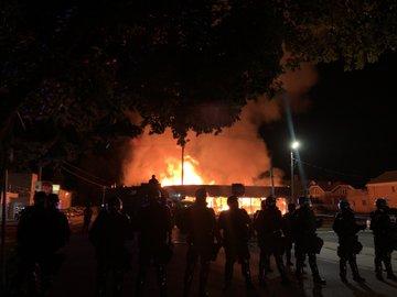 В Висконсине третий день беспорядки. Трамп направил туда Нацгвардию