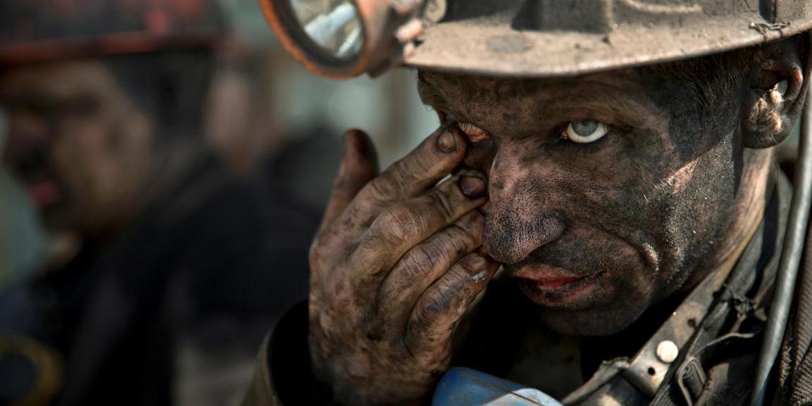 Остаться в забое. Как шахтёры Кривбасса требовали тысячу долларов зарпла...