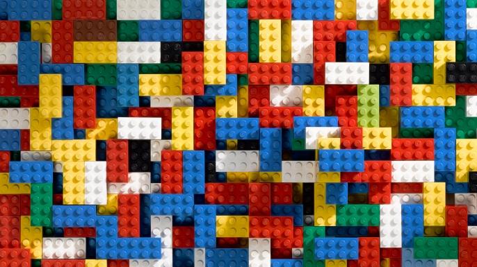 Всем украинским первоклассникам подарят Lego