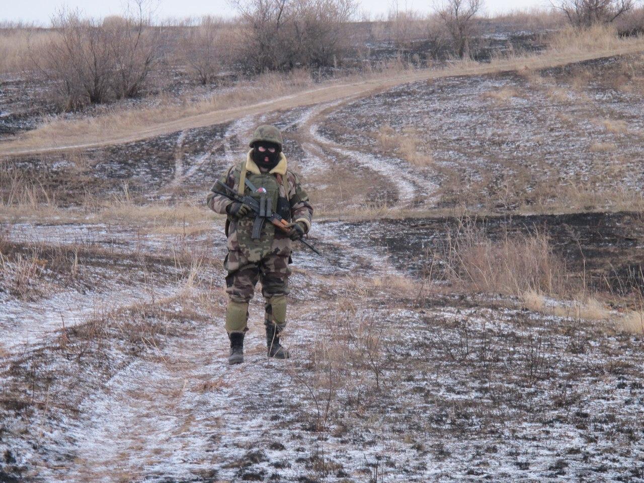 Азов отражает атаки на мариупольском направлении