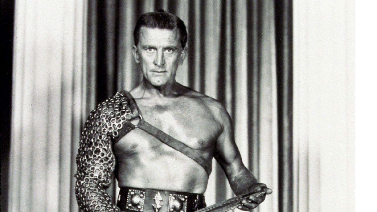 "Легенда ""Золотого века Голливуда"": в 103 года умер актер Кирк Дуглас"