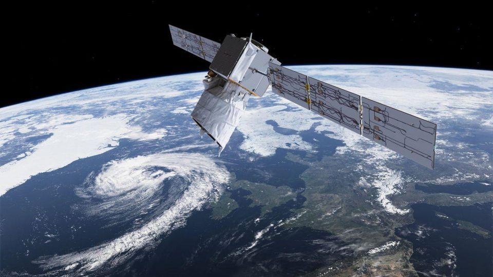 Интернет-спутник SpaceX чуть не столкнулся с космической метеостанцией