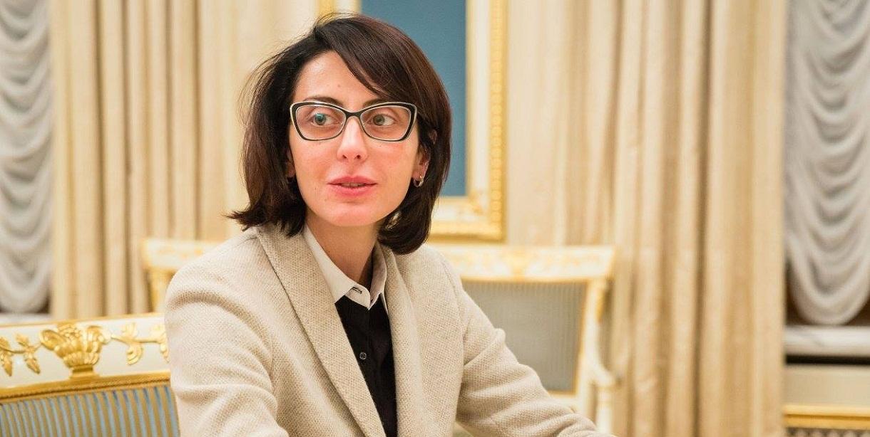 Деканоидзе ушла в отпуск по семейным обстоятельствам, - замглавы полиции