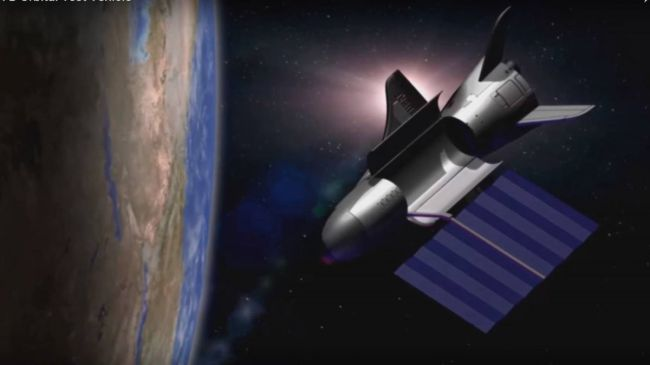 Беспилотный космоплан Boeing X-37B побил собственный рекорд пребывания на орбите
