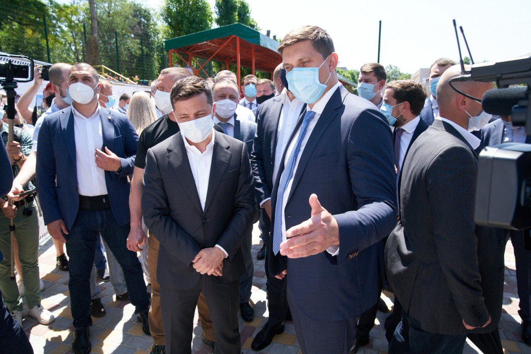 """""""Изучаем и через правоохранительные органы"""": Зеленский рассказал о канди..."""