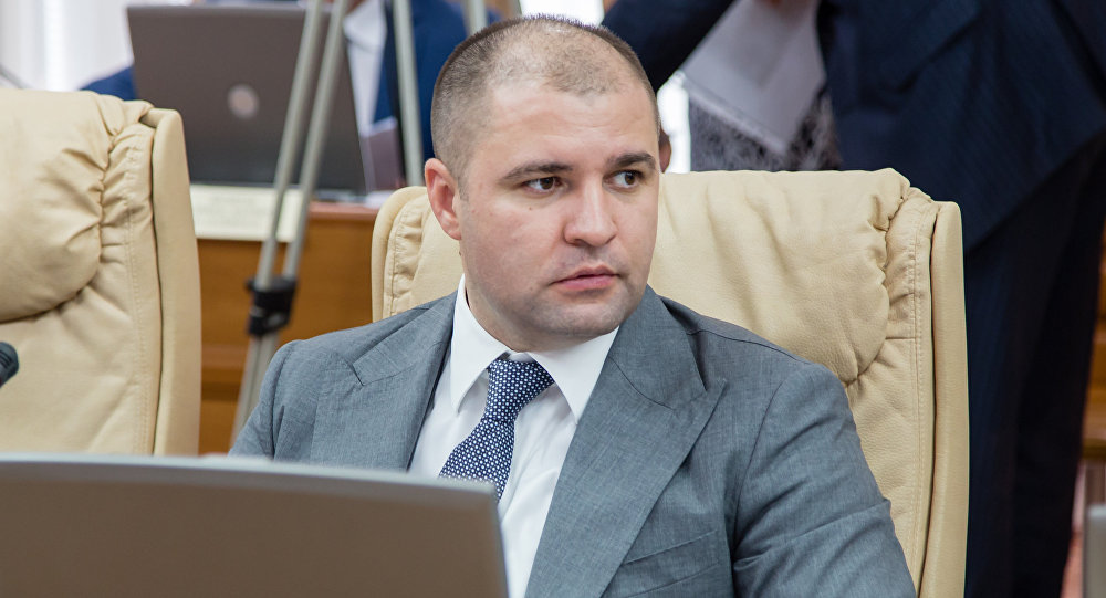 В Молдове демпартия олигарха Плахотнюка отказалась от власти