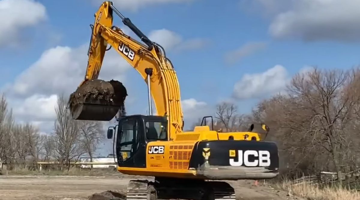 В Одессе началось строительство новой объездной дороги (видео)