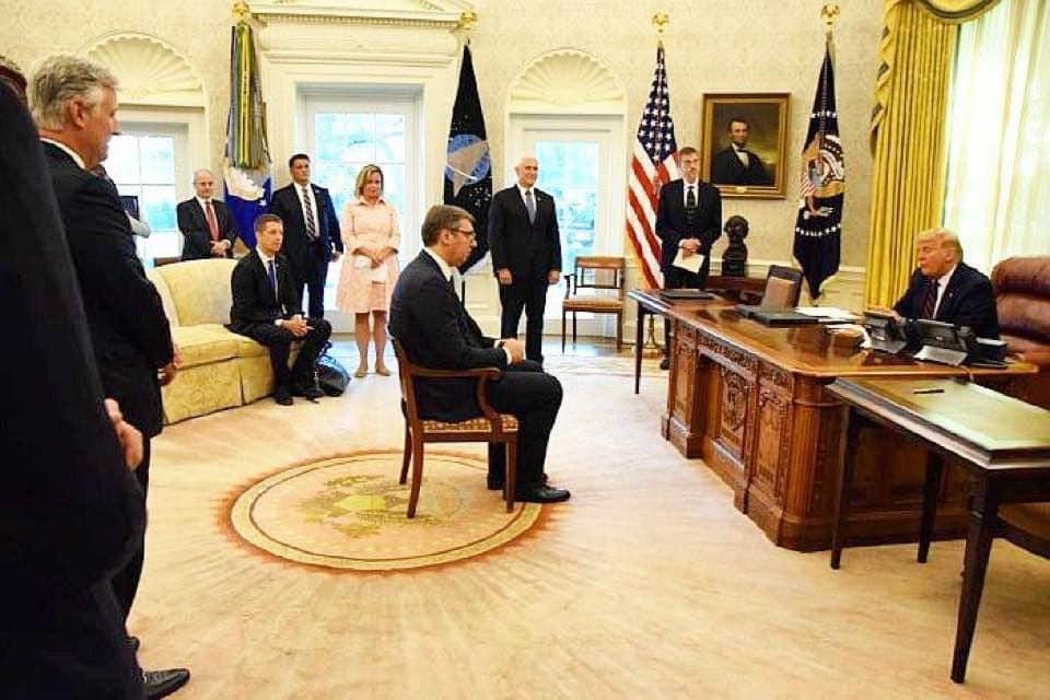 Примитивизм и пошлость. Президент Сербии поставил на место Марию Захаров...