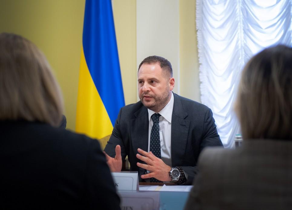 Ермак и Козак приехали в Германию на переговоры по Донбассу