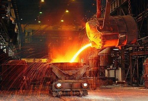 Назаводе Ахметова две тысячи тонн чугуна вылились вцех