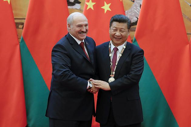 Китай выступил на стороне Александра Лукашенко