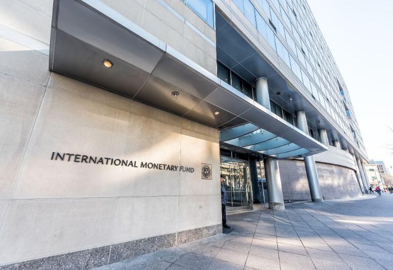 В МВФ назвали условия, при которых Украина получит больше денег по прогр...
