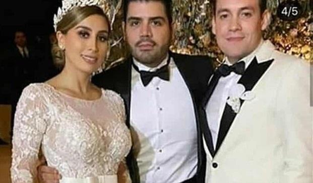 Бронированные автомобили и наемные убийцы: в Мексике прошла свадьба доче...