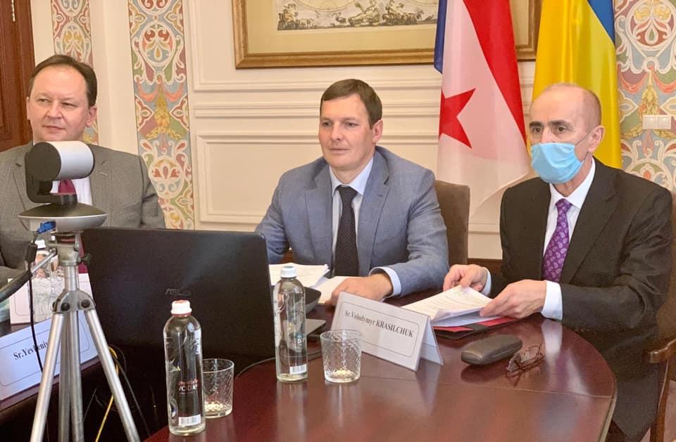 Панама пообещала штрафовать свои корабли за посещение Крыма