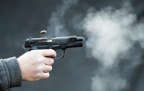 В Запорожье врач роддома устроил стрельбу