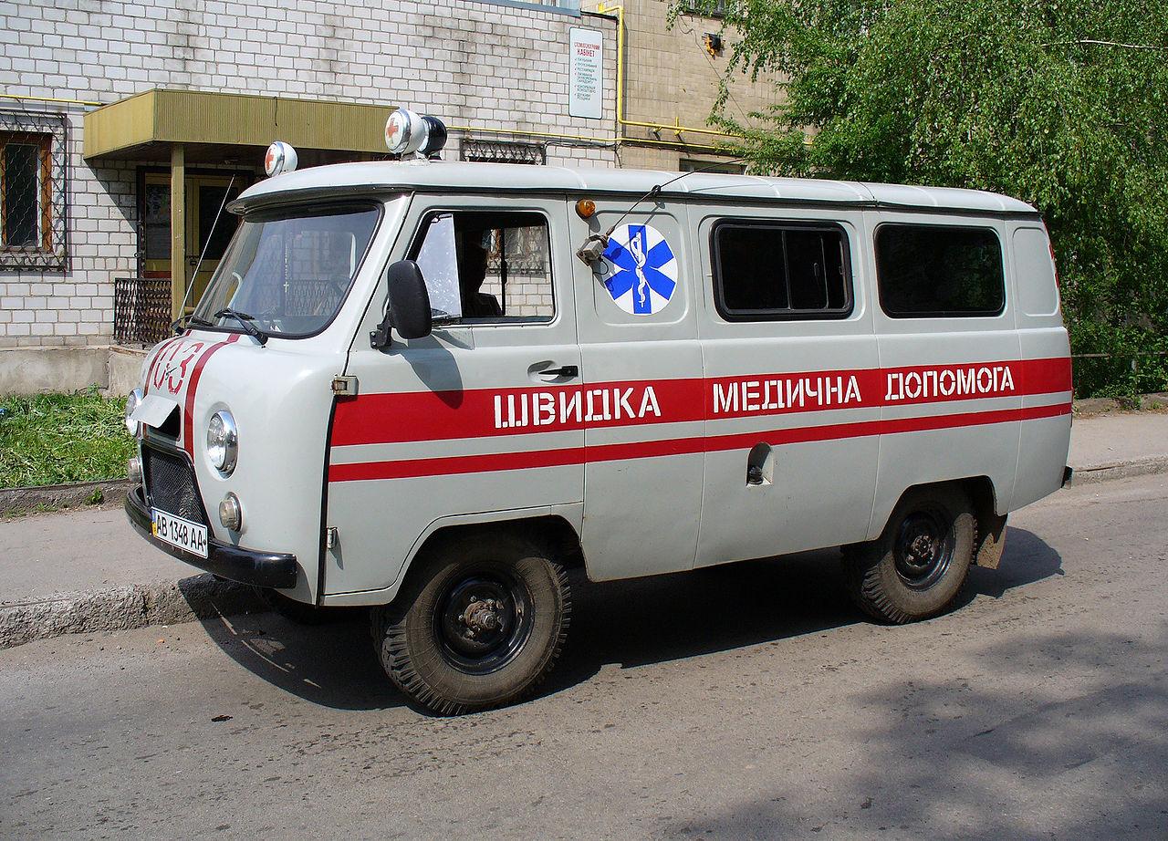 """В Минздраве надеются решить вопрос с повышением зарплат бригадам """"скорой..."""