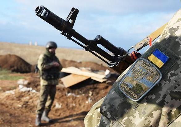 На Донбассе ранены 8 украинских военных
