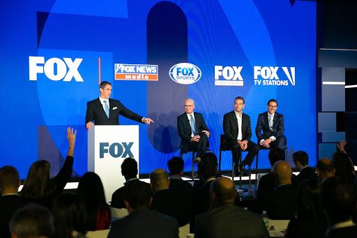 Импичмент Трампа обошелся телекомпании Fox в 5% рекламных доходов