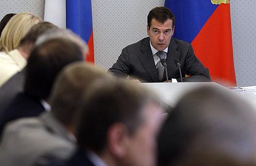 Медведев переведет Россию на новое время