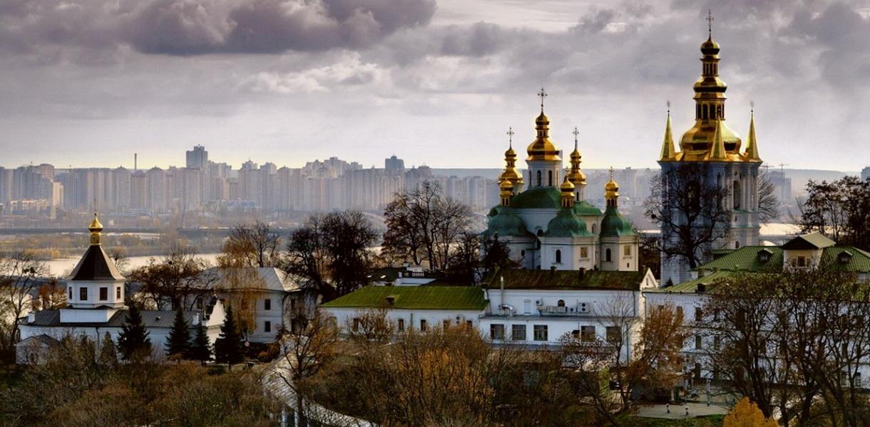 В Киеве в 2018-м отремонтируют 10 парков