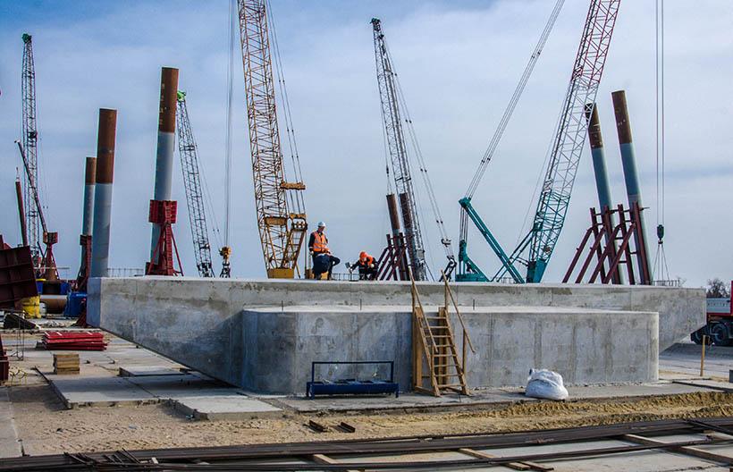 Строящие Керченский мост фирмы друзей Путина попали под санкции США