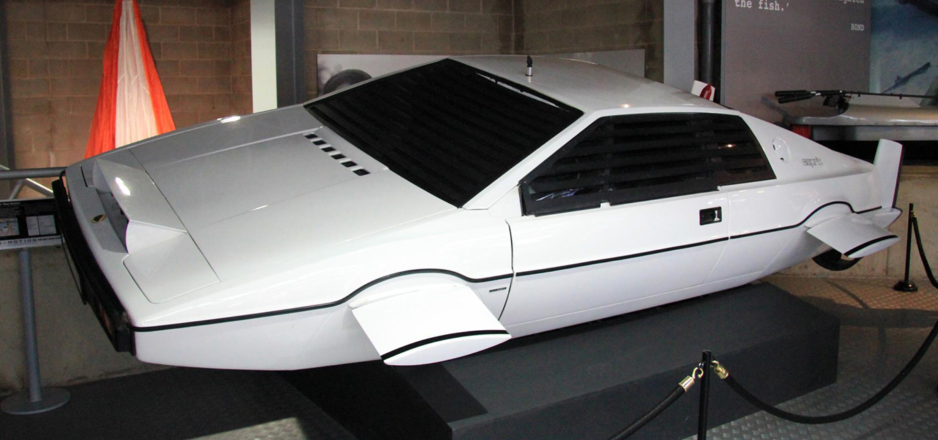Илон Маск: у Tesla есть готовый дизайн водоплавающего автомобиля